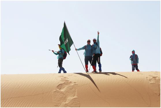 与蚂蚁森林同框 绿洲新能源旗下合资公司助力腾格里沙漠公益徒步营